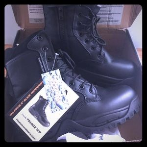 Maelstrom Tactical Boots men's size 7 NWT